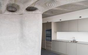 DFAB HOUSE ist eine belebte Forschungsumgebung. Die vier Bewohner haben Zugang zur Gemeinschaftsküche im Erdgeschoss. Foto: Roman Keller
