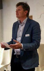 KGTV-Präsident Jürg Grossen ruft an der GV die Teilnehmendenzum Handeln auf.