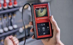 Die Kamera von «Roscope mini» lässt sich intuitiv bedienen und das Bild um 180 Grad rotieren. Foto: zvg