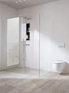 Unsichtbare Befestigung Die Geberit ONE Lösung für den Duschbereich besteht aus den Elementen Duschablauf, Trennwand und Nischenablagebox. Alles durch Vorwandelemente leicht montierbar.