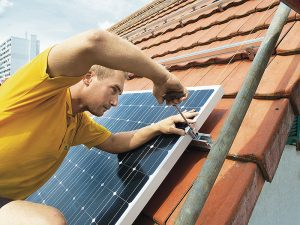 BKW erhöht ihr Engagement im Bereich der Solarenergie. Foto: BKW
