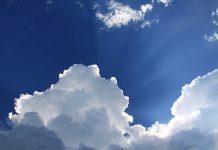 Smart bleiben dank Luftmonitoring. Foto: Sam Schooler / Unsplash