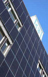 K3 Handwerkcity - Aussenansicht der Solarfassade, Foto: K3 Immobilien AG