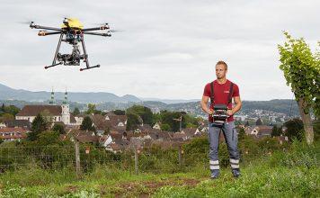 Digitales Scannen der Umwelt mit Drohnen: Eine Drohne scannt die Umwelt mittels 3D-Laser und übermittelt präzise digitale Vermessungsdaten direkt in die Cloud. Foto: Jermann Ingenieure + Geometer AG