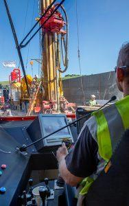 In der Prospektionsphase werden zahlreiche Daten gesammelt, mit denen die Kenntnisse über den Genfer Untergrund verbessert und eine detaillierte Kartographie erstellt werden kann. Foto: Magali Girardin