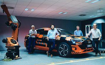 Das Projektteam der Hager Group und AUDI AG. Foto: obs/Hager Group/Tom Ziora