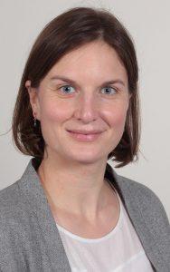 Laure Deschaintre wurde als neue Geschäftsführerin vom Verein InfraWatt gewählt und wird das Mandat ab April 2021 von Ernst A. Müller übernehmen. Foto: InfraWatt