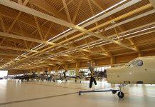 Holzpreis Schweiz - Prix Lignum 2009: Hauptpreis Region Zentrum. Werkhalle Pilatus, Stans NW, 2008. Architektur: Scheitlin_Syfrig + Partner, Luzern. Foto: Pilatus Flugzeugwerke