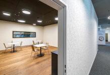 In kurzer Zeit kann ein optimal genutzter Raum erstellt werden, der höchste Schall- und Brandschutzanforderungen erfüllt. Foto: Basler Aarau