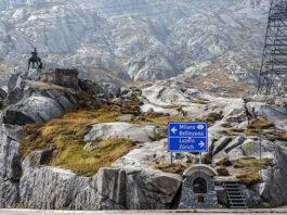 Die alte Freileitung über den Gotthard wird in den neuen Strassentunnel verlegt. Foto: Walter Röllin/Pixabay